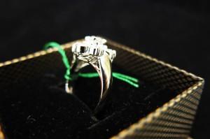 ジュエリー 指輪 リング ネックレス ペンダント ピアス イヤリング 貴金属 金 プラチナ K18 PT900 PT1000 PT950 PT850 PT800 K14 K24 K10 18金 お直し リフォーム サイズ直し 新品磨き 磨き
