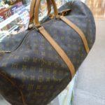 夏の旅行シーズン真っ只中!旅行用バッグといえばヴィトンのキーポルです!ゴールディーズ太田店には在庫3点あります!